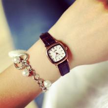 2014 con estilo de oro materiales Metal vestido de Women Watch ladies Girls Watch – forma de jalea pequeño mujeres correa de cuero dial relojes de pulsera