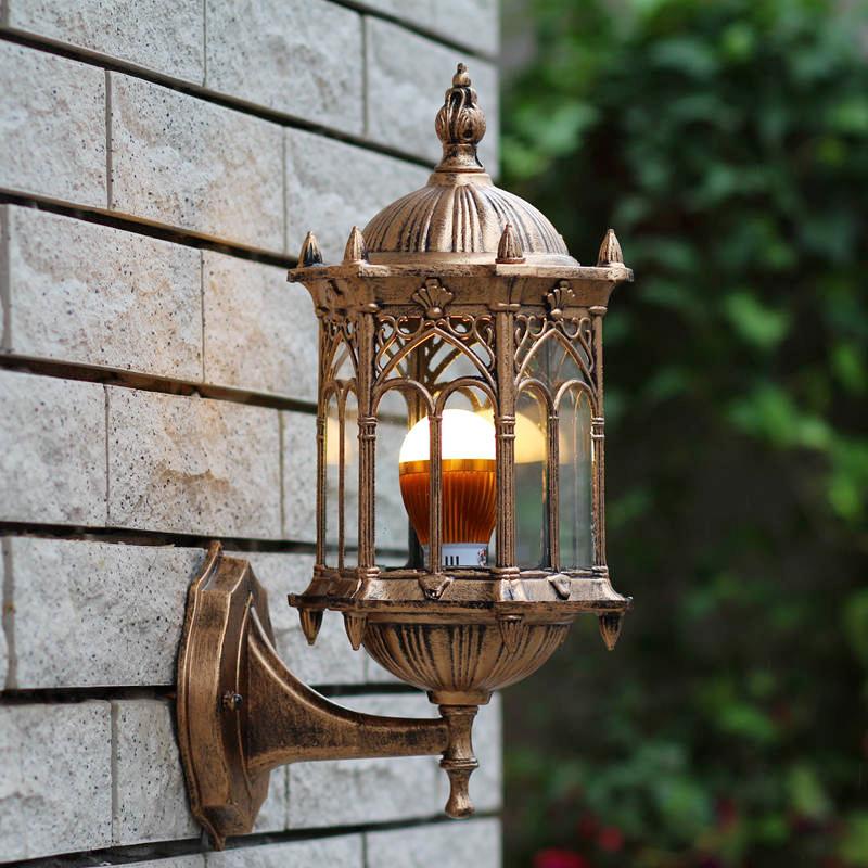 outdoor wall light (2)