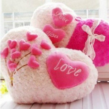 Roses Love pillow cartoon couple pillow Heart Shape Sofa Rose applique Cushion Plush Toy Valentine's Day wedding gift Home decor(China (Mainland))