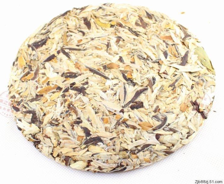 White tea bud puer 357g puerh tea Chinese tea Raw Pu erh Shen Pu er Free