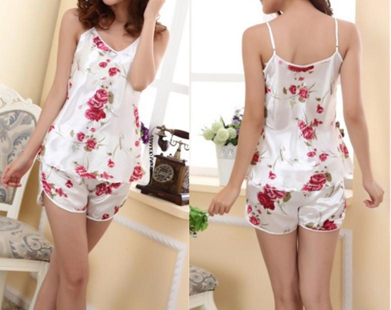 New 2015 Women Sexy Flower Sleepwear Braces Shirts+Shorts Underwear Pajamas Robes Set(China (Mainland))