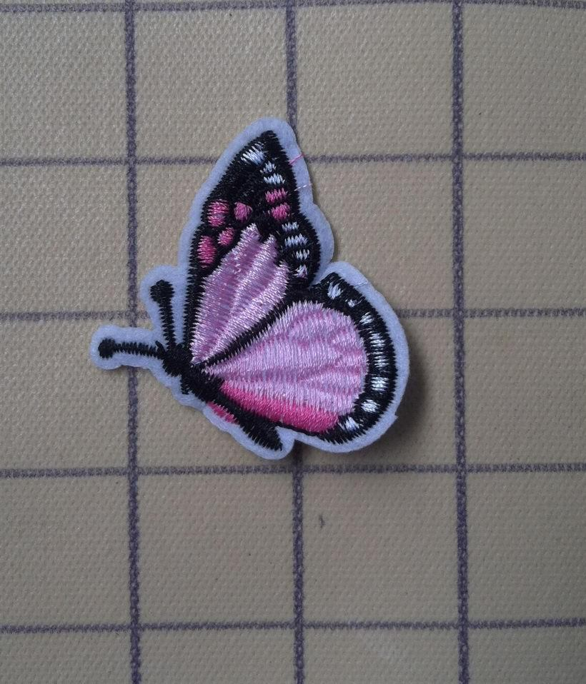 Butterfly Embroidery scald plasters patch sew clothes The pink Butterfly(China (Mainland))