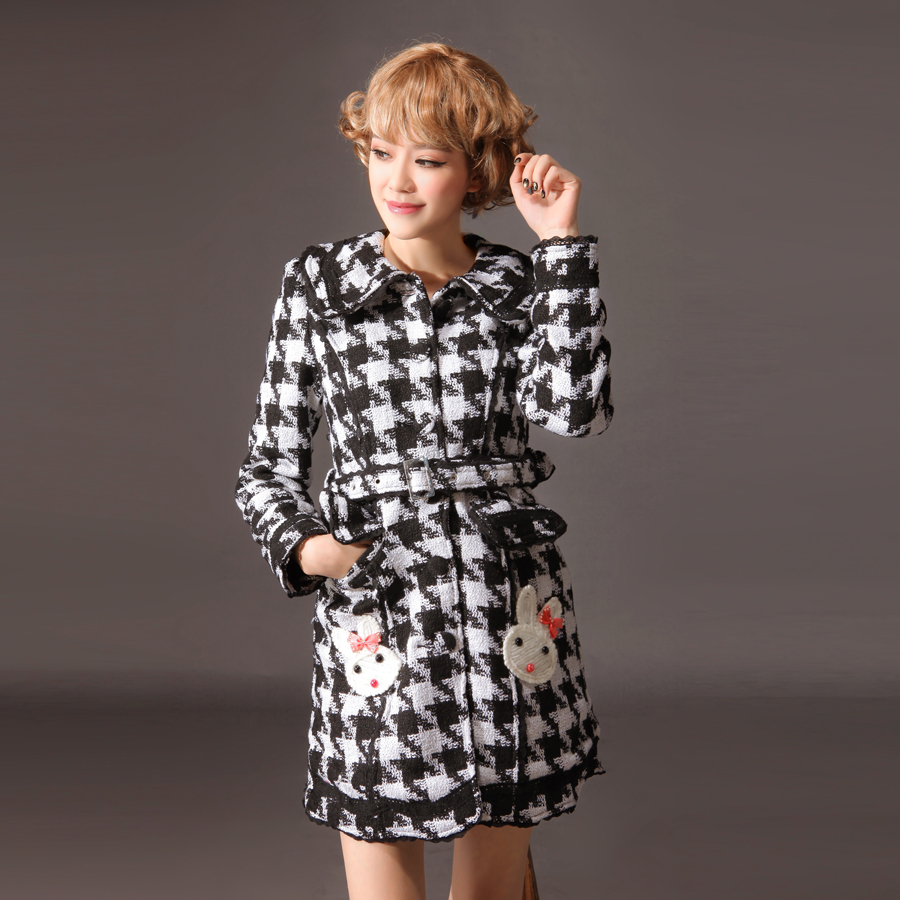 Glp new arrival dress sweet autumn and winter overcoat black and white rabbit decoration outerwear 81130 slim(China (Mainland))