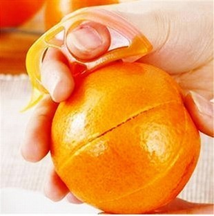 Small mouse open orange device orange peel device household glove supplies