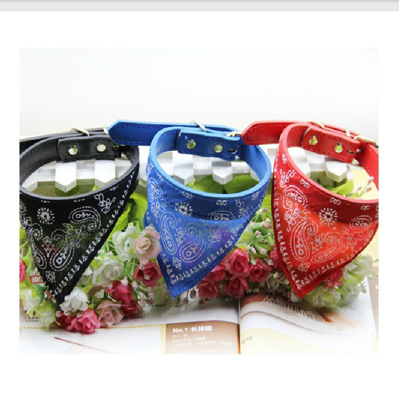 2015 New 4 Colors Adjustable Pet Products Cute Print Dog Collars Chihuahua Neckerchief Scarf, Collares Para Perros Size XS S M L(China (Mainland))