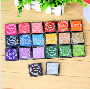 (1 Lot=10 Different Pcs) DIY Scrapbooking Vintage Crafts Ink pad Colorful Inkpad Stamps Sealing Decoration Stamp(China (Mainland))