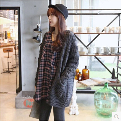 inter are loose big code fat MM high-quality maternity wear long sleeved sweater cardigan sweater coat of pregnant women(China (Mainland))