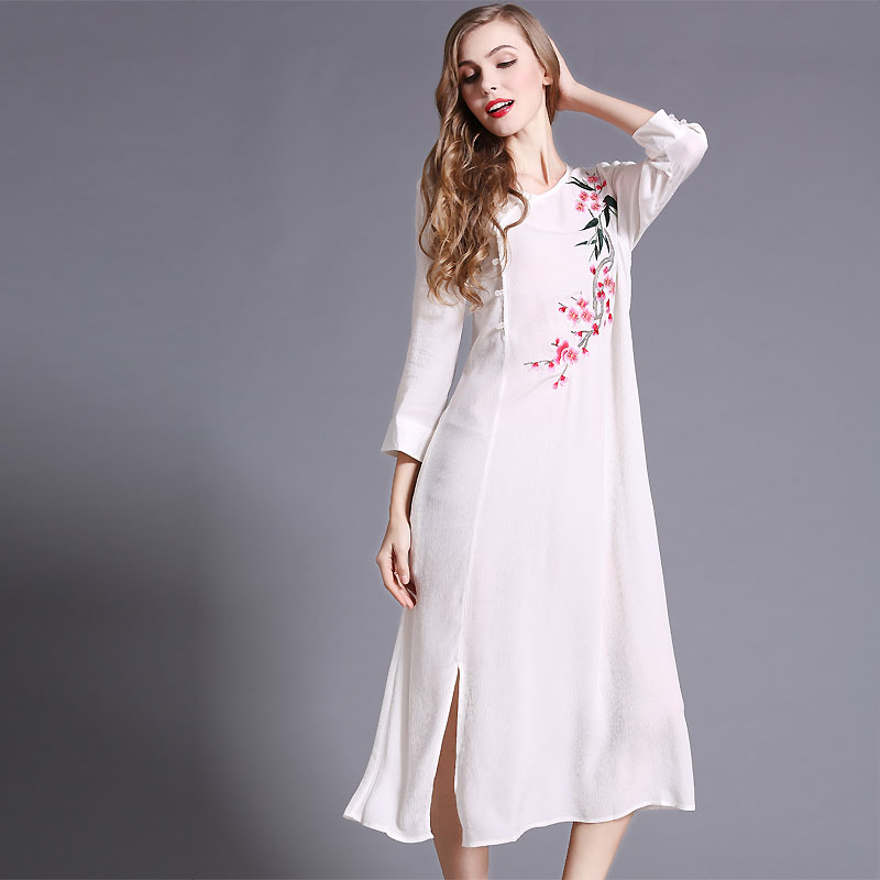 2016 Spring And Summer New Womens Chinese National Wind Heavy Embroideried 3/4 Sleeve Loose Long DressОдежда и ак�е��уары<br><br><br>Aliexpress