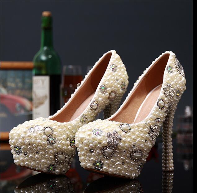 Здесь продается  Luxury Handmade Pearl Rhinestone Wedding Shoes Round Toe High Heels Platform Pumps Bride Sexy Dress Shoes  Обувь