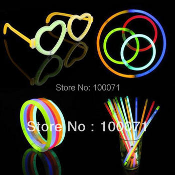 100Pcs/lot  Multi Color Glow Stick Light Bracelets Party Fun #3246