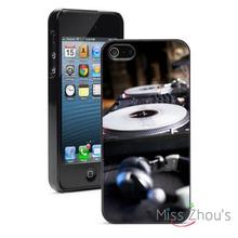 Turntable DJ Headphones back skins mobile cellphone cases for iphone 4/4s 5/5s 5c SE 6/6s plus ipod touch 4/5/6