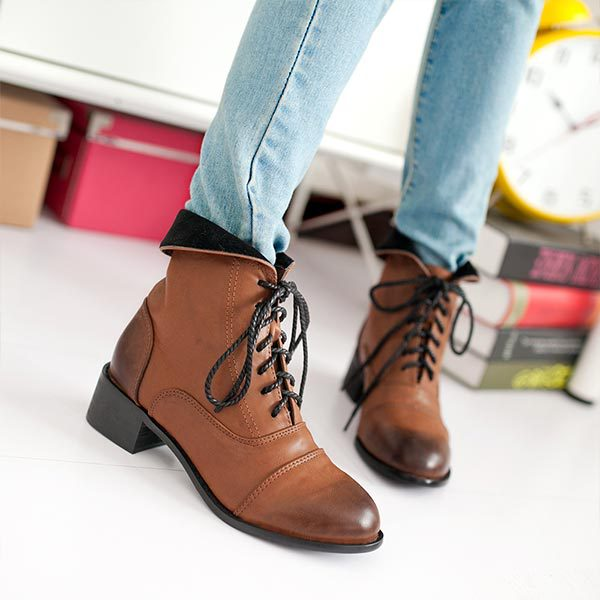 Autumn Women Ankle Boots Lace Up Square Low Heel High Quality Vintage Stylish Classic Hot Sell Woman Fashion Winter Martin boots