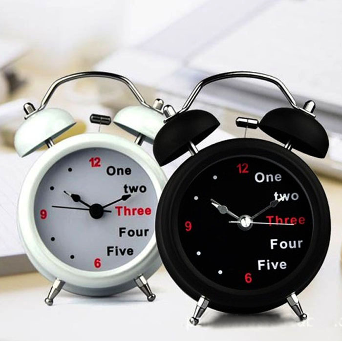 Fashion Classic Number/English Retro Double Bell Desk Table Alarm Clock White Anne(China (Mainland))