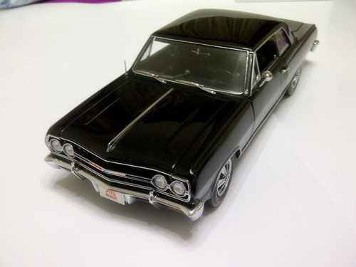 Classical Exclusive Car Styling Brinquedos For Chevelle 1965 1:18 Car Scale Model Limited Edition Best Collection(China (Mainland))