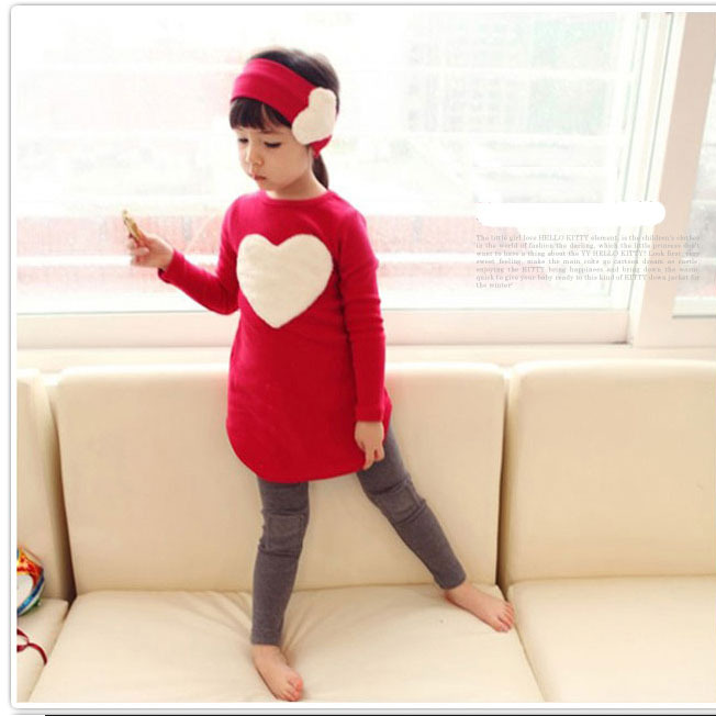 New 2016 spring & autumn kids clothing set sweet loving heart embroider girls suit set casual three-pieces sport suit for girls(China (Mainland))
