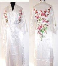 White Silk satin Women Embroidery Robe Gown Kimono Bathrobe Sleepwear RB0033(China (Mainland))