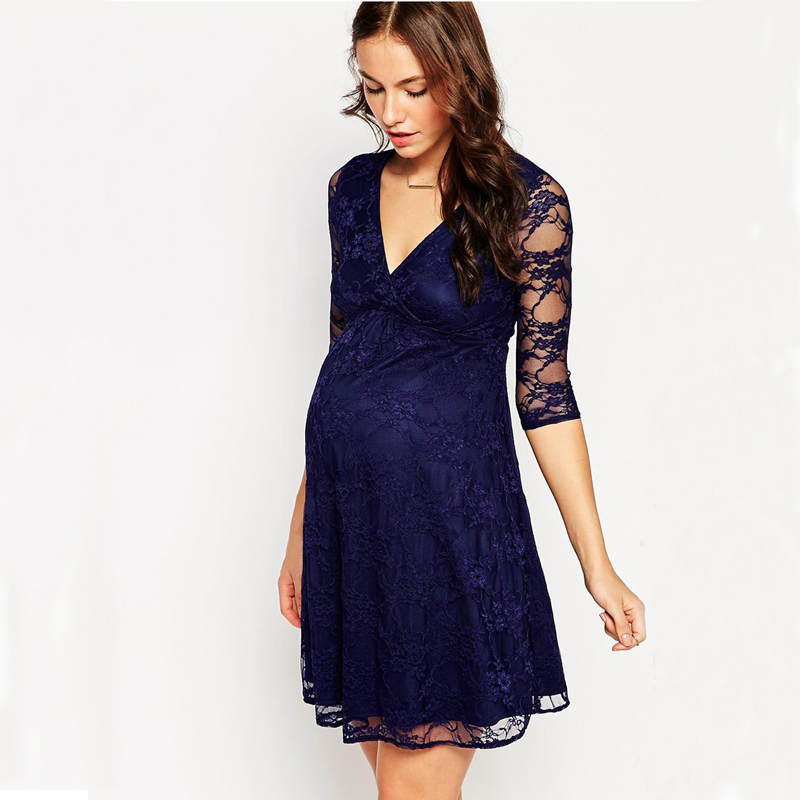 One dress may provide an urban chic look; other would be a kind of sophisticated or classy look or even European and funky Asian look. For maternity wear, Shoppers Stop has brands like Clovia, Nine Maternity and Mystere Paris, which help expecting mothers to buy nice comfortable maternity wear online.
