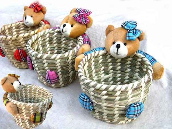 Rush Straw Baskets Barrel with Bear Plant Fiber Size 17*17*15cm Sundries Storage Basket 100% Natural rushwork BOW-TIE(China (Mainland))
