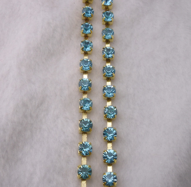 SS30 Fashion costume applique acid blue crystal glass rhinestone 6mm gold chain trims 2 Yards(China (Mainland))