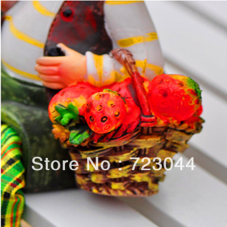Free Shipping Rural style resin paint strawberry Baby Doll (a pair),modern brief crafts , home decoration accessories