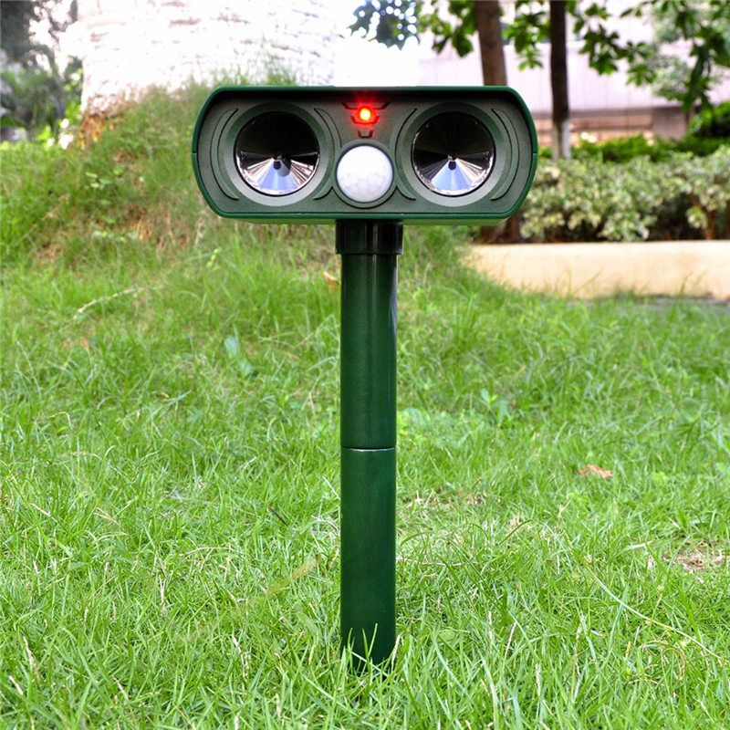 High Quality Green Garden Cat Dog Pest Repeller Solar Power Ultra Sonic Scarer Frighten Animal Repellent Outdoor Use(China (Mainland))