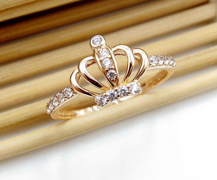 кольцо резное золотое