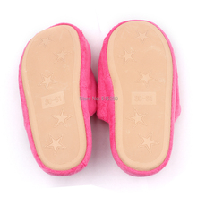 2014 NEW Kid s Slipper Olaf Inspired Winter Children Soft Plush Slippers Purple Pink Blue Free
