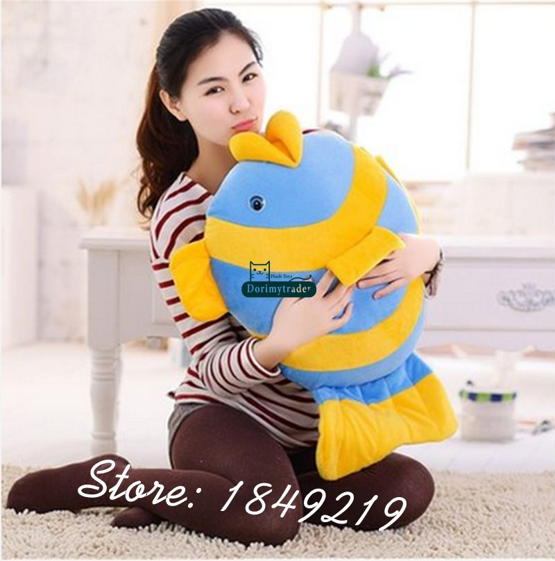 Dorimytrader 24'' / 60cm Giant Plush Soft Cartoon Fish Toy Stuffed Animal Goldfish Doll Nice Kids Gift Free Shipping DY61173(China (Mainland))