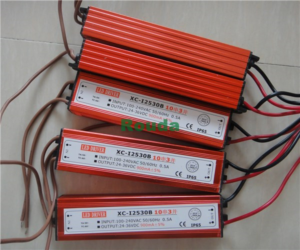 Free shipping high quality led driver 30w 900mA power supply LED floodlight driver ( 10 series 3 parallel) 20% off(China (Mainland))