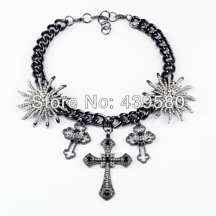 Shijie New Hot Sale Jewelry Major Suit Accessories Fashion Black Flower Cross Necklace Display Stand(China (Mainland))