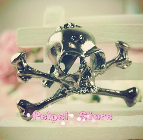 Min Order $10 free shipping Hot new fashion jewelry 2014 skull skeleton pin/brooch brooch punk style(China (Mainland))