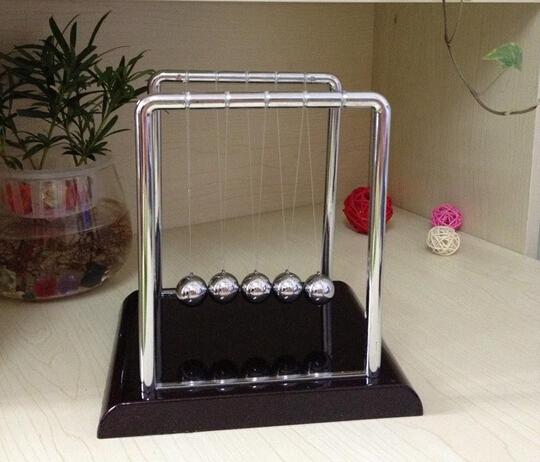 13.5x11.5x13.5cm Newton Cradle Steel Balance Ball Physic School Educational Supplies Teaching Science Desk Toys(China (Mainland))