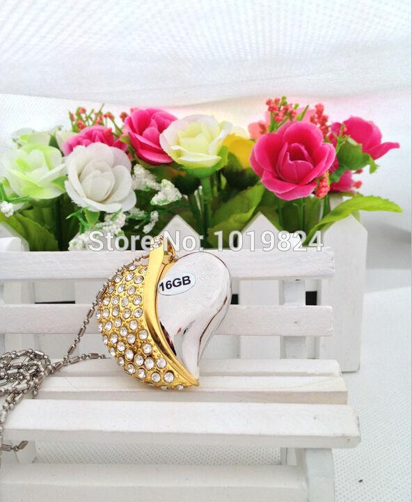 100% real capacitymetal crystal heart necklace jewelry diamond Memory usb flash drives 4gb8gb16gb wedding memorabilia S29 BB(China (Mainland))