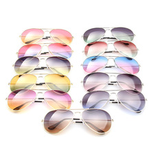 2016 luxury brand large frame Women designer sunglasses Metal plane men's driver mirror reflector flight cloth accessories UV400