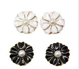 DIY alloy mobile phone accessories - black and white alloy Pearl Flower(China (Mainland))