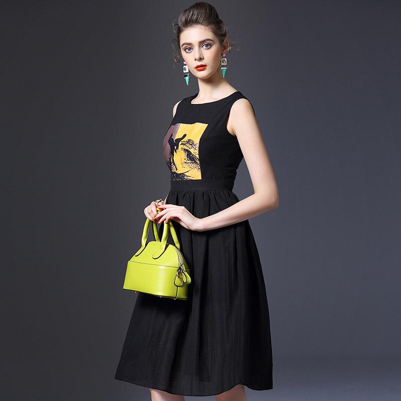 The new spring and summer 2016 European women T-shirt back zipper sleeveless dress Q6617 slim temperament