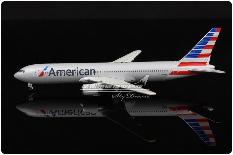 13.7cm 1:400 Air American Airlines Boeing B767 300 N368AA Airways Airplane Model Plane Model Toy Collections Gift(China (Mainland))