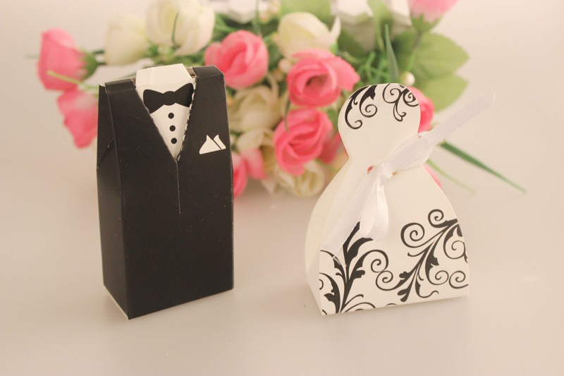Wedding Gifts From Bride And Groom To Guests : 2017 Bride And Groom Wedding Favor Box Guests Giveaway Candy Box Gift ...