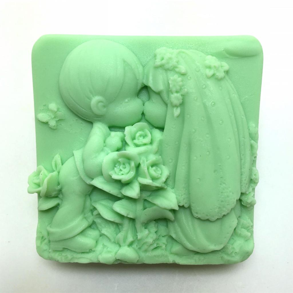 Wedding Cake Decoration Molds : New Wedding Soap Silicone Mold Boy Girl Dress Couple Cake ...