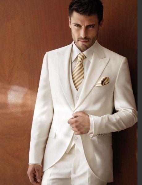(Jacket+Pant+Vest) 3 Pieces Light Grey Groom Tuxedos Peak Lapel Groomsmen Best Man Mens Wedding Suits Formal Wedding TailcoatОдежда и ак�е��уары<br><br><br>Aliexpress