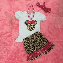 Factory direct popular style giraffe minnie shorts half sleeve set with matching necklace and headband(China (Mainland))