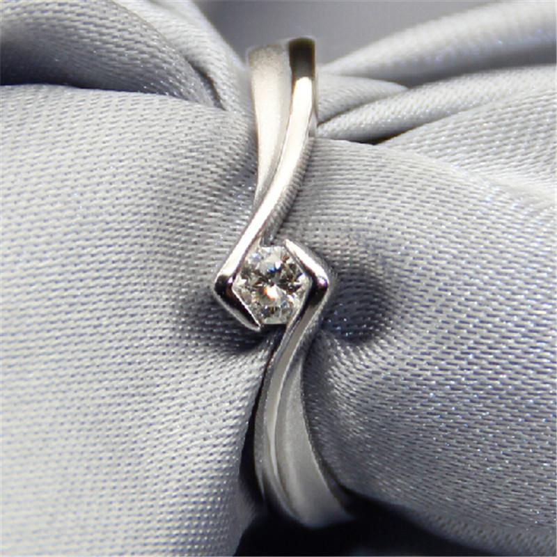 Natural Diamond Ring Genuine Luxury Plated 18K Gold Diamond Below 0.1 ct Solitare Non Simulated Diamond 925 Silver Ring(China (Mainland))