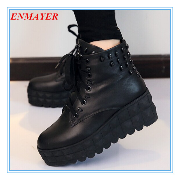 ENMAYER New Round Toe Skull Leather High women boots Winter Shoes Platform Martin boots for women big size 34-43(China (Mainland))