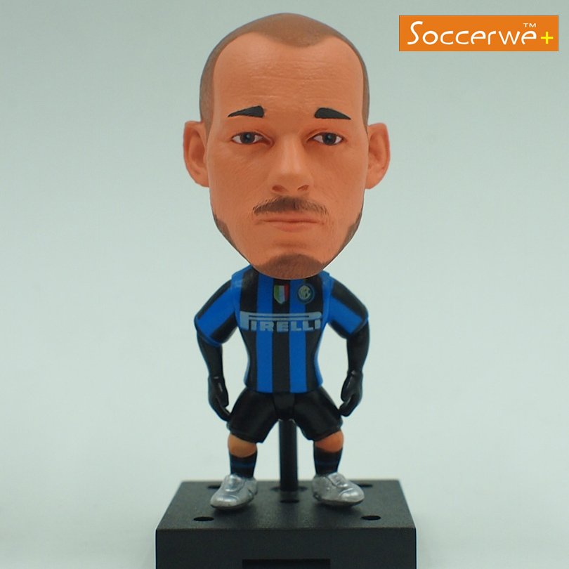 New KODOTO SoccerWe Inter IM Wesley Sneijder Football Soccer Moving Movable Player Star Display Collection Dolls Toys(China (Mainland))