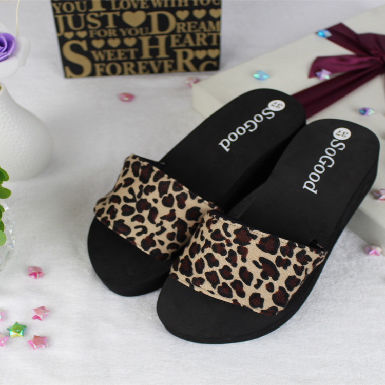 2016 women leopard Slippers summer Home Furnishing Korean fashion slippers leopard dots a drag thick bottom beach shoes slippers(China (Mainland))