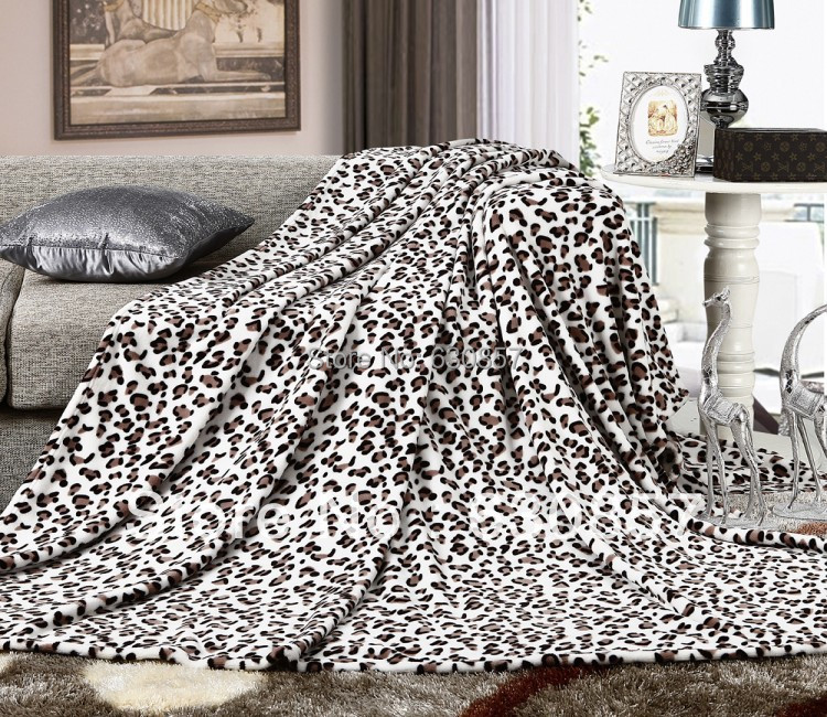 Free shiping polyester bed cover blanket fur crochet soft fluffy fleece blankets throws blanket White leopard grain SIZE 150*200(China (Mainland))