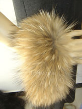 Top Quality Big Size Real Genuine Natural Color China Raccoon Fur Handmade Women's Cufflinks Sleeve Cuffs with Loops Arm Warmers(China (Mainland))