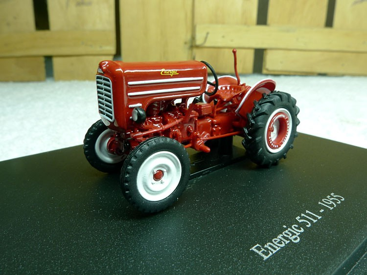 France Common Hobbies 1:43 Energic 511 – 1955 classic tractor fashions Alloy truck mannequin Authentic