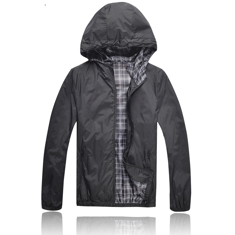 [ELITE] 2015 Summer Men's Casual Jackets Polyester Hood Coat Outdoor Sports Waterproof Thin Windbreaker Zipper Coat Black M-3XL(China (Mainland))