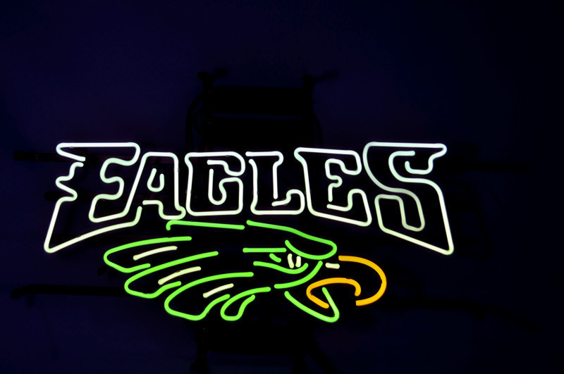 "Business NEON SIGN board For NFL PHILADELPHIA EAGLES Football REAL GLASS Tube BEER BAR PUB Club Shop Light Signs 17*14""(China (Mainland))"